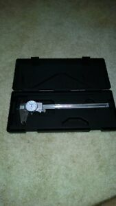 New Mitutoyo 0 8 Inch Dial Calipers 505 676