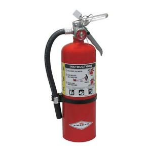 Dry Chemical Fire Extinguisher With 5 Lb Capacity And 14 Sec Discharge Time