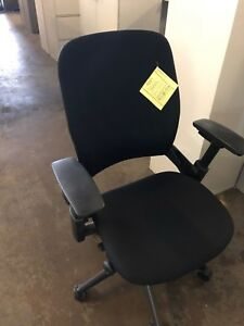 Executive Chair By Steelcase Leap V2 In Black Color fully Loaded 2007