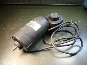 Baldor Dcpm Right Angle 33 1 Gear Reducer Motor 90v Dc 1 8hp 60 Rpm 80in lbs Nos