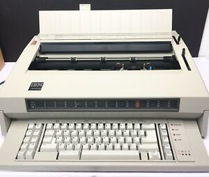 Ibm Wheelwriter 6 Electric Professional Typewriter 674x Complete W Dust Cover