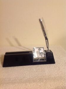 Tr And Danbury Desk Business Card Pen And Clock Holder