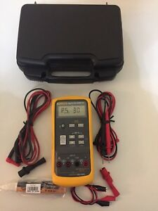 Lightly Used Fluke 715 Volt Ma Calibrator W hard Case And Accessories Tp 224202