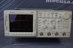 Tektronix Tds724d 13 1f 2f 2m hd 500mhz 2 2 Ch 2gs s Digital Oscilliscope