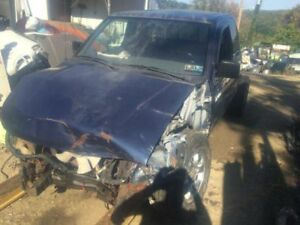 Carrier Front Axle 6 Cylinder Xe 265 70r15 Tires Fits 99 00 Frontier 61241