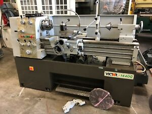 Victor 1440g Engine Lathe With Aloris Tool Post Collet Closer Collets