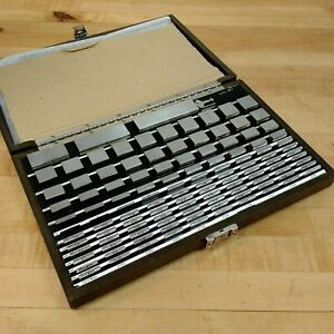 Starrett 114 Piece Square Gage Block Set 0 5 To 100mm Used