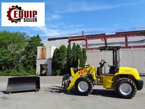 Tcm E820 2 Articulating Wheel Loader Skid Steer 4x4 Includes Bucket