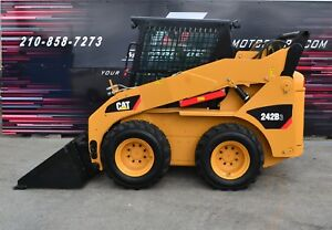 Cat Skid Steer 242 B