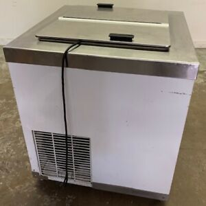 Used Master bilt Dc 4d Flip Lid Ice Cream Dipping Cabinet Chest Freezer