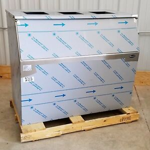 Follett 1025 52 1030 Lb Capacity 52 Wide Ice Storage Bin New 203