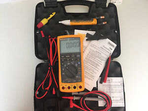 Excellent Fluke 789 Process Meter With Leads storage Case And More Sn 23230100