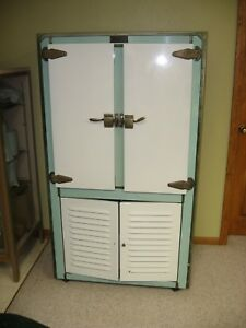 Antique Ice Box Alaska Refrigerator Co 1891 1926 Porcelain Excellent Cond