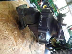 Kubota L3010 4x4 Right Side Hub Complete Excellent Cond Ready To Install