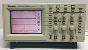 Tektronix Tds220 100mhz 1gs s Two Channel Digital Real time Oscilloscope