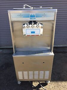 Taylor 339 Soft Serve Frozen Yogurt Ice Cream Machine 1ph Air Fully Working