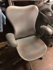 Lot Of 10 Chairs By Herman Miller Mirra fully Loaded Sold As is
