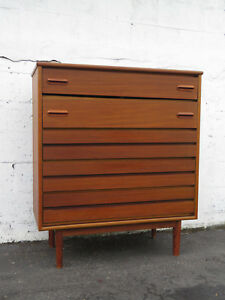 Mid Century Modern Chest Of Drawers By Detroit Furniture Distributing Co 9035