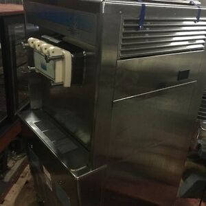 Taylor Soft Serve 3 Flavor Ice Cream Machine Y 754