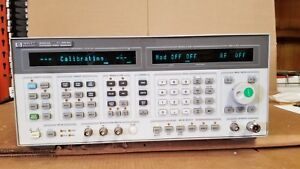 Hp 8664a Synthesized Signal Generator 0 1 3000mhz Tested Good Options 001 004
