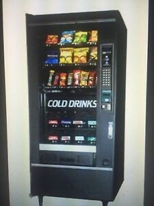 National 474 Soda snack Combo Refreshment Center Vending Machine