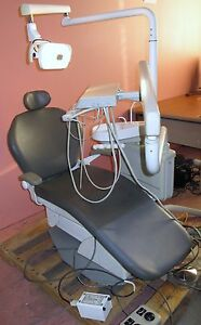 Westar 2000 Dental Chair With Delivery Unit And Light