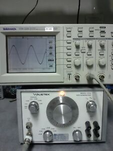 Wavetek 131a Function Generator With Vcg Tested 2mhz 20v P pk 50 600ohm 60db