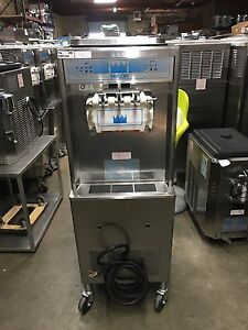 2013 Taylor 336 Soft Serve Frozen Yogurt Ice Cream Machine Warranty 3ph Air