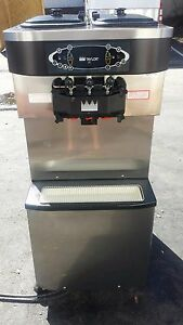 2010 Taylor C713 Soft Serve Frozen Yogurt Ice Cream Machine Warranty 3ph Water