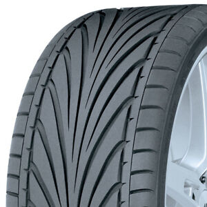 2 New Tires 215 40 17 Toyo Proxes T1r 215 40r17 2154017