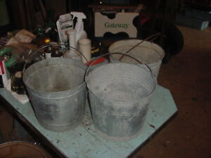 3 Vintage Galvanized Pails Bucket 70s 80s Garden Decor 2 Gal Lot C Photo Prop