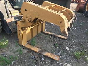 Compact Wheel Loader Skid Steer Quick Attach Hydraulic Log Grapple Pipe Forks