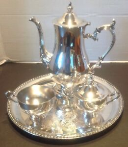Vintage Wm Rogers Silver Platted Coffee Tea Sugar Cream And Tray Set