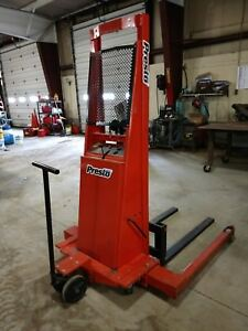 Presto Psa262 2006 Adjustable Base Straddle Pallet Stacker