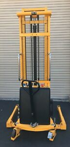 Semi Electric Straddle Pallet Stacker Lift 2200lb max Lift Height 137 lax ca