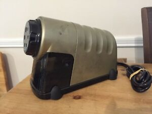 X acto Model 41 Commercial Office School Electric Pencil Sharpener Works Great