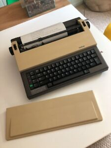 Brother Ax 10 Vintage Electronic Electric Typewriter