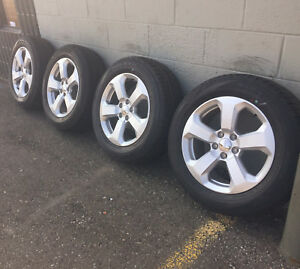 17 Jeep Cherokee Compass Factory Set Of 4 Oem Wheels Rims Tires Like New 9188