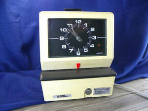 Vintage Punch Card Time Clock Works Great Keep Track Of Time