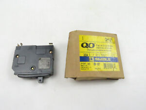 New In Box Square D Qh120 Plug On Circuit Breaker 20a 1 Pole