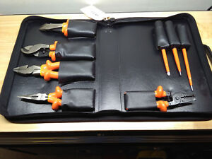Cementex Tr 8bek Insulated 8 Piece Electrical Tool Kit With Case