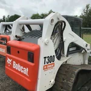 2003 Bobcat T300 Tracked Skid Steer Loader W Cab Coming On