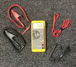 Made In U s a Fluke 70 Series Ii Display Multimeter With Attachments