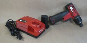 Snap On 1 4 Cordless Impact Drill Ct661 Pair Of 7 2 Volt Batteries