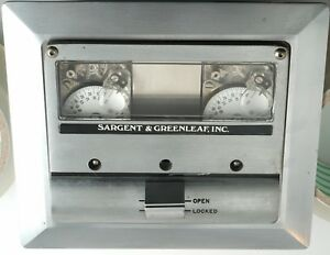 Vintage Sargent Greenleaf Bank Vault Safe Time lock Time Clock 1975 Complete