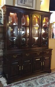 Ethan Allen Lighted China Cabinet Curved Bubble Glass Doors