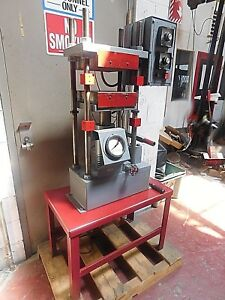 10 Ton Clifton standard 4 Post Hand Operated Lab Type Hyd Heated Platen Press