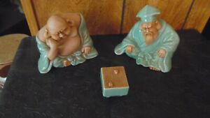 Vtg Japanese Kutani Celadon Glazed Statues Set Playing Go