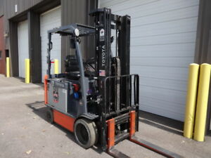 2012 Toyota 5 000 Pound Capacity Electric Forklift Model 8fbchu25 Low Hours