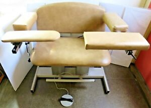 Clinton Electric Power Adjustable Height Bariatric Blood Draw Chair Model 6362